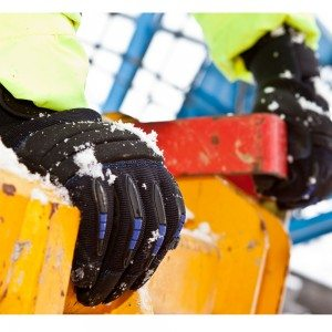 Dirty Rigger SubZero Cold Weather Glove (Lifestyle 1)